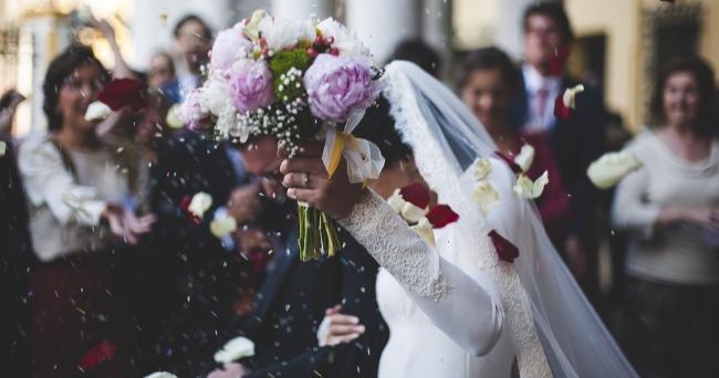 break-the-bank-wedding